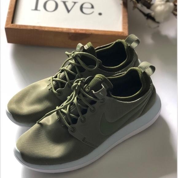 Womens Nike Roshe 2 Run Army Green
